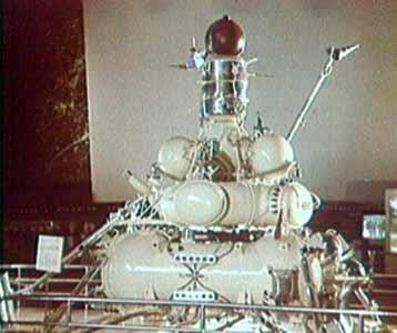 Luna Ye-8-5 (Luna 15, 16, 18, 20) - Gunter's Space Page