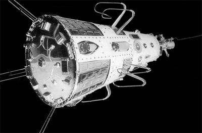 http://space.skyrocket.de/img_sat/sputnik-3__1.jpg
